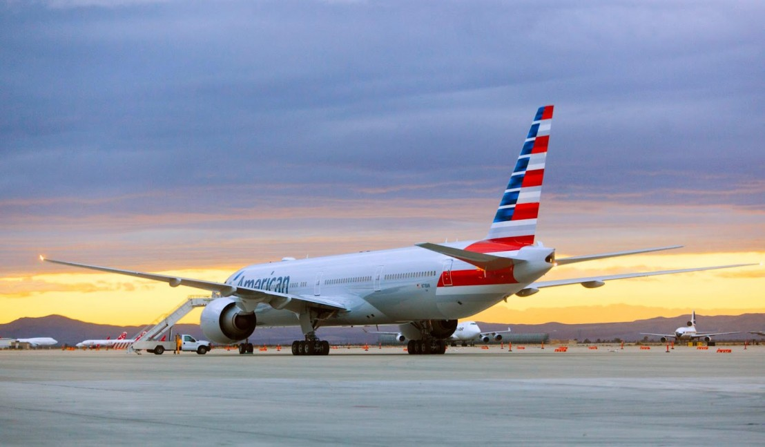 boeing_777-300er_american_airlines