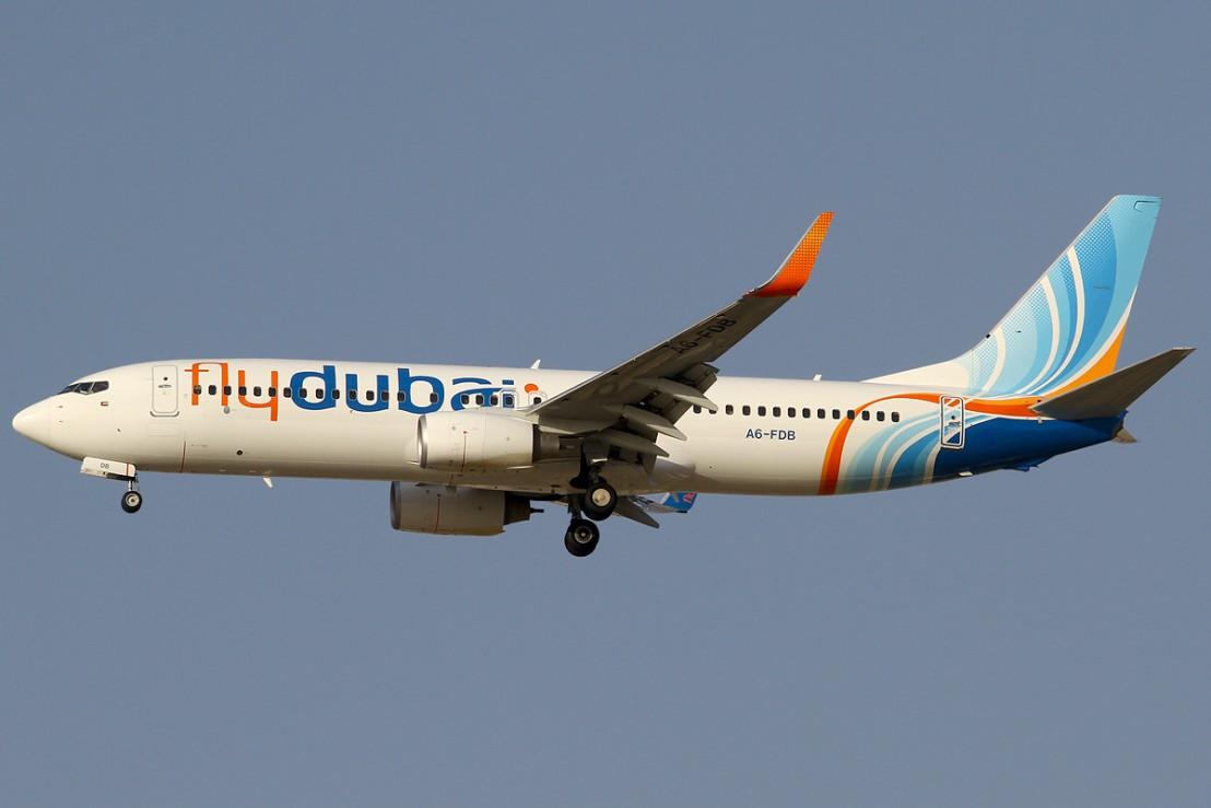 FlyDubai_737-800_A6-FDB