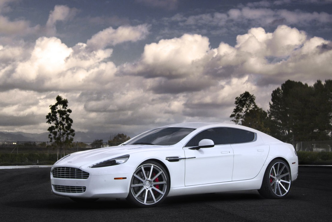 Aston Martin Rapide Fitted With 22 Inch DPE CSR10