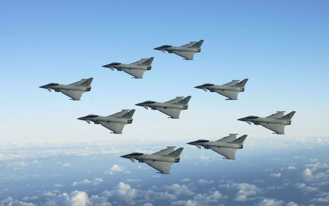 4203987-jet-fighters-formation