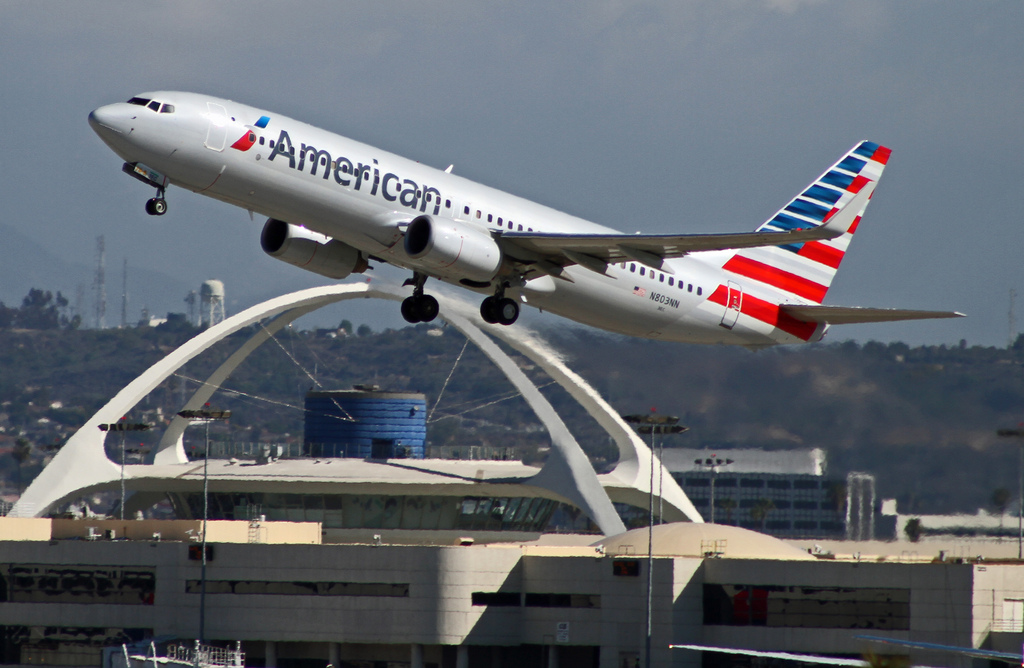 American Airlines, Boeing 737-800 LAX