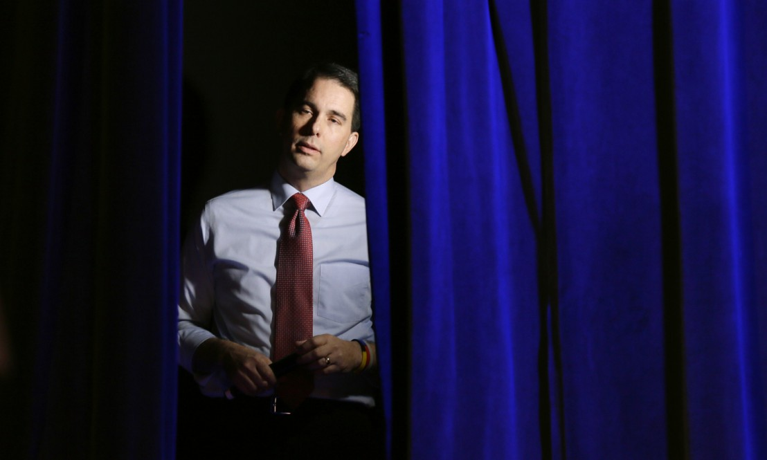 scott_walker_iowa_ap_img