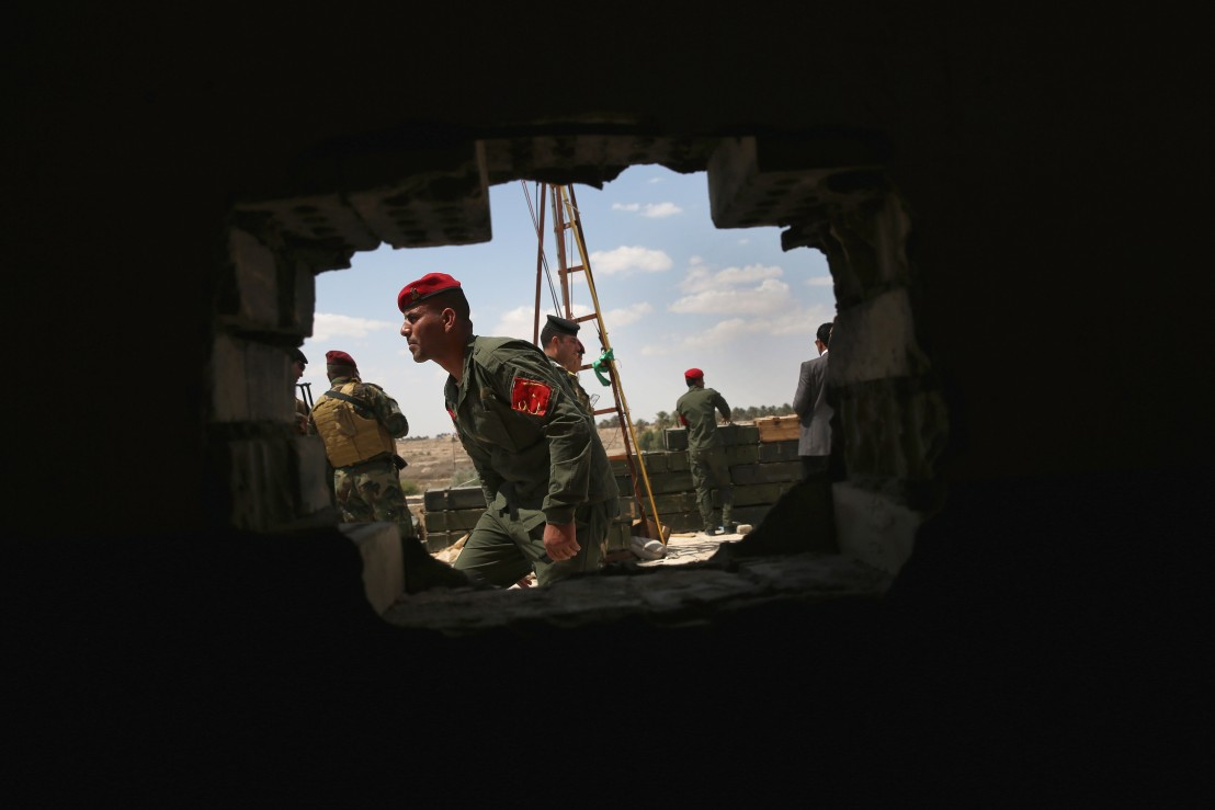Iraqi Forces Battle ISIL In Anbar Province