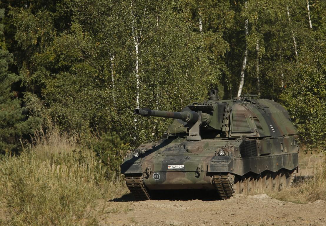 PzH 2000 , самоходни артилерийски установки, танк
