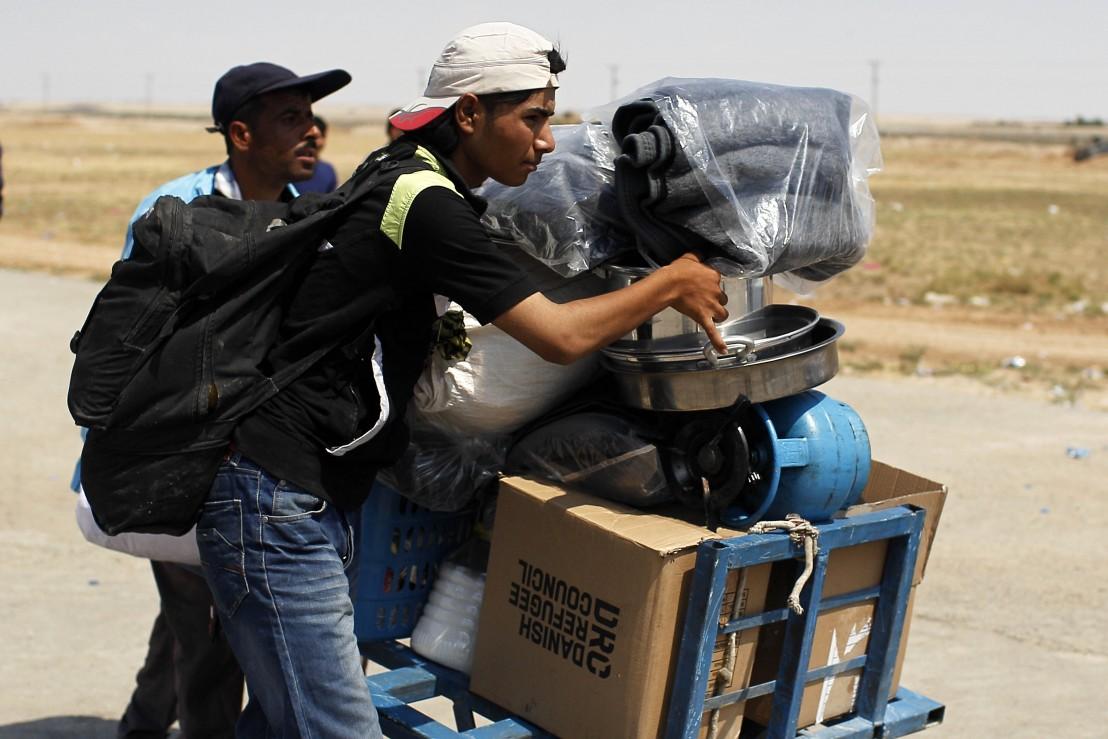 бежанци, мигранти, имигранти, сирийски бежанци