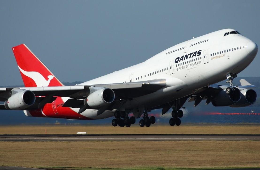 qantas-boeing-747-438