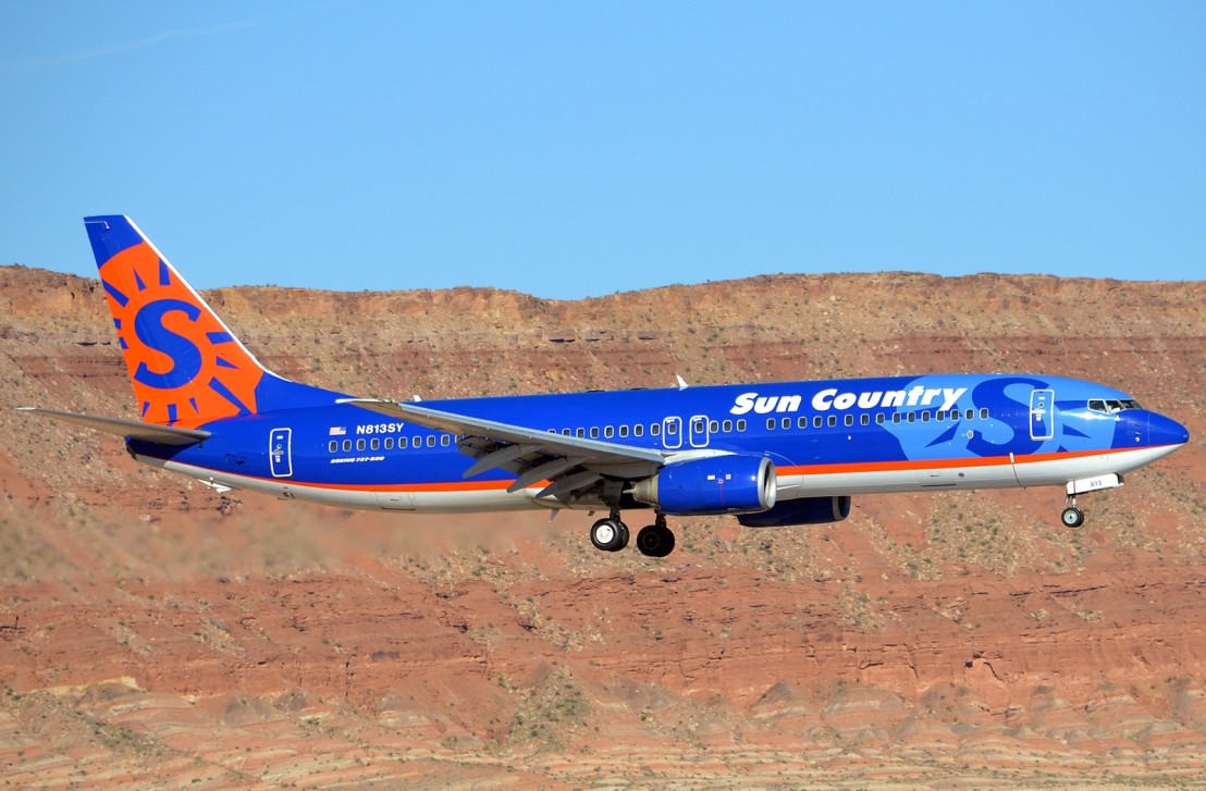 sun-country-airlines-boeing-737-8q8