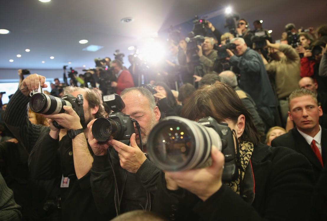 медии, журналисти, фоторепортер, фоторепортери, фотографи, репортери, новини