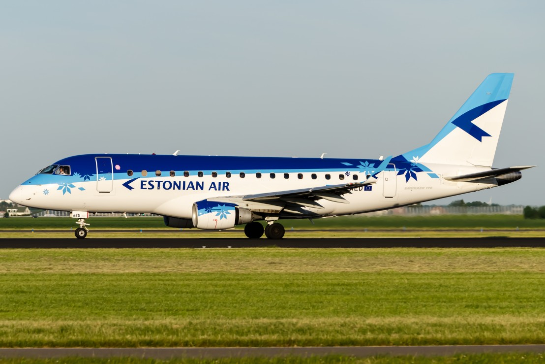 estonian_air_embraer_erj_170lr_by_sliverfoxnl-d5bn89o