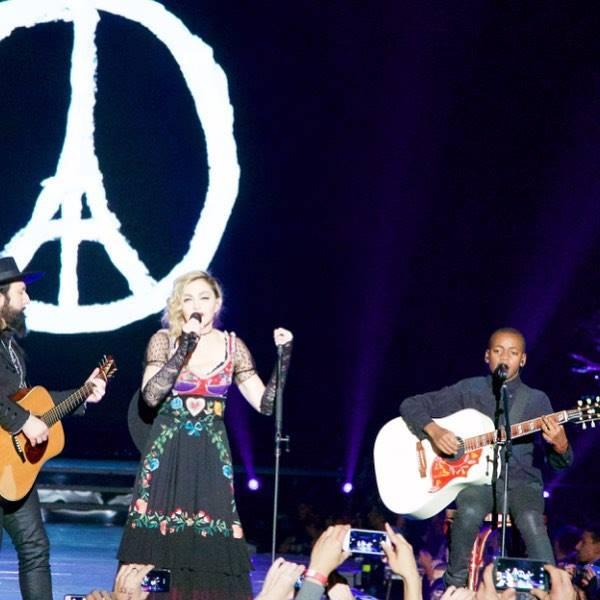 Мадона париж
