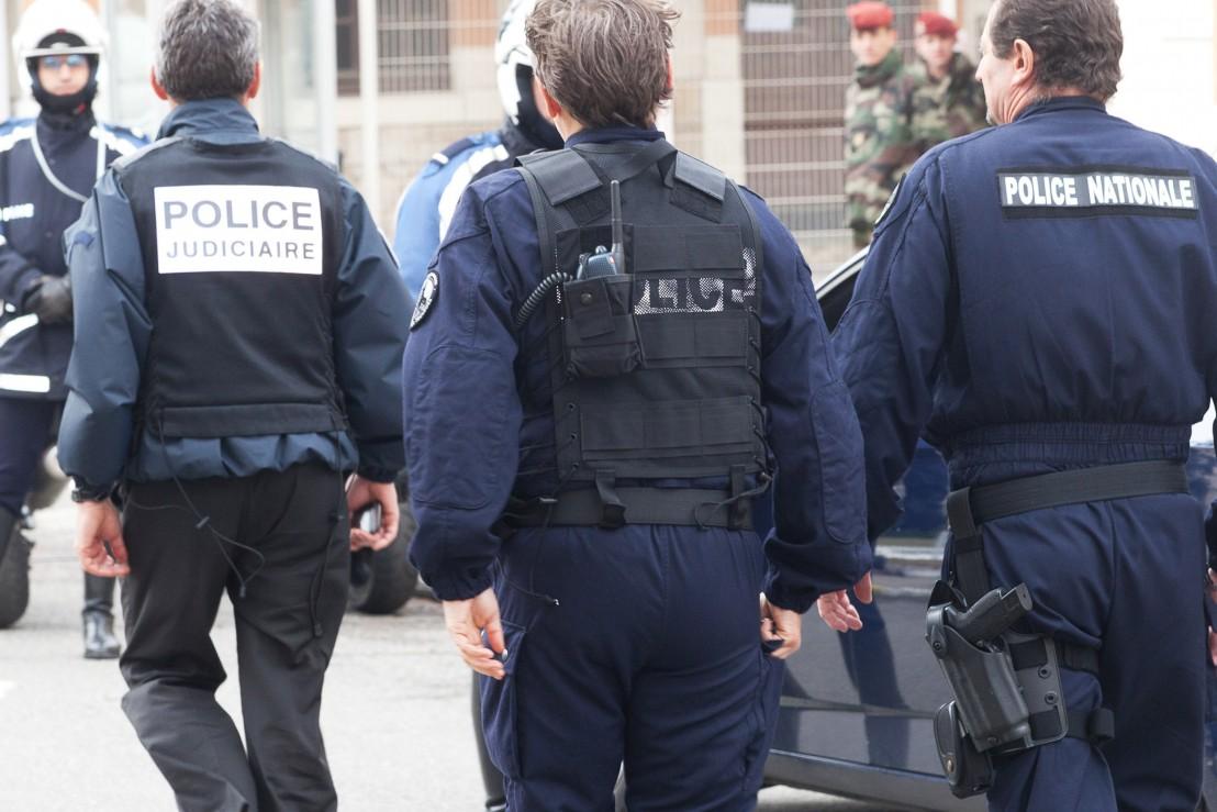 френска полиция
