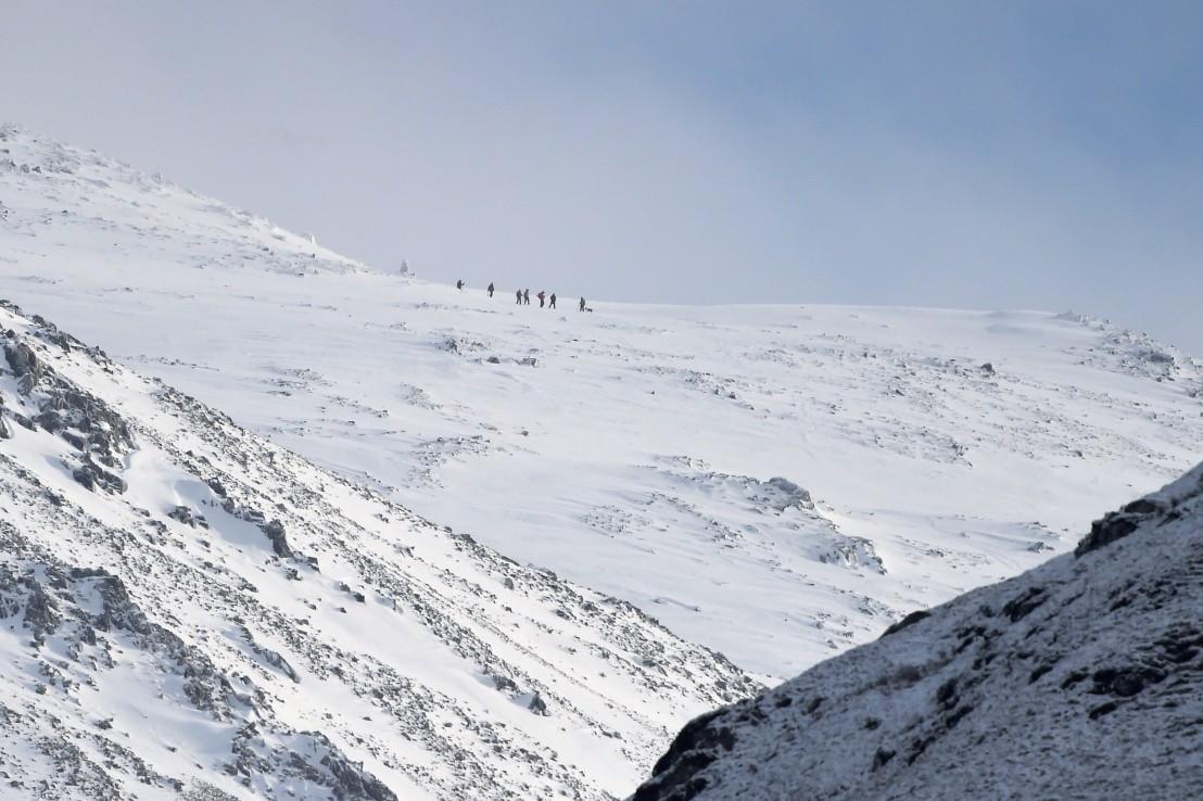 сняг, Непал