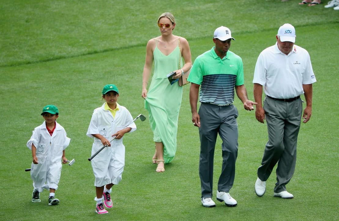 Тайгър Уудс учи децата си на любов към голфа