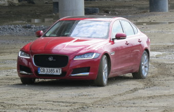 Jaguar XF, автомобил