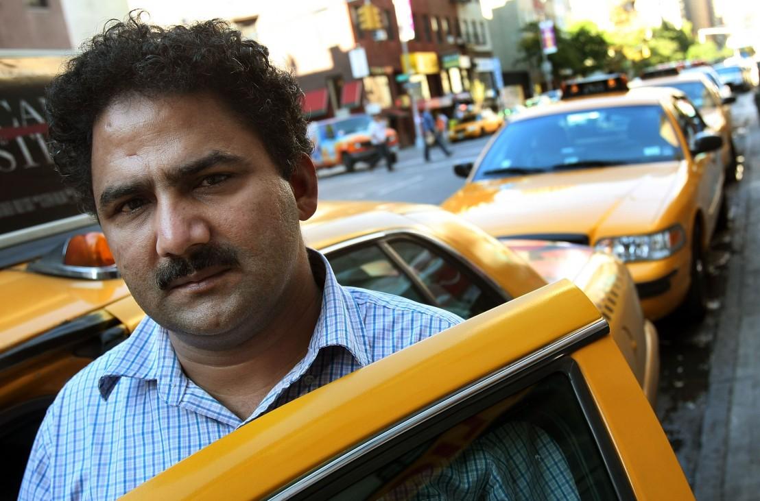 таксиметров шофьор