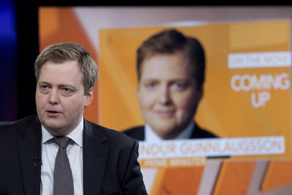 премиер на исландия, сигмундур гунлаугсон