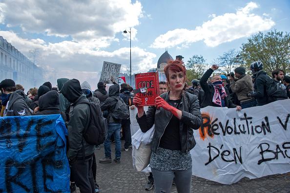 протест в париж