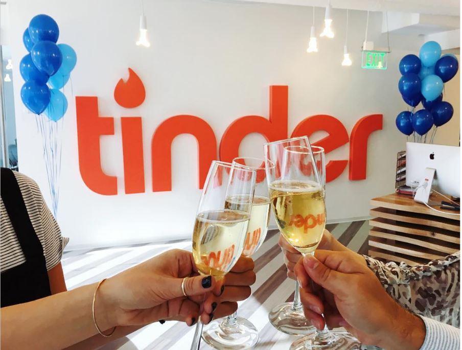 Tinder 3