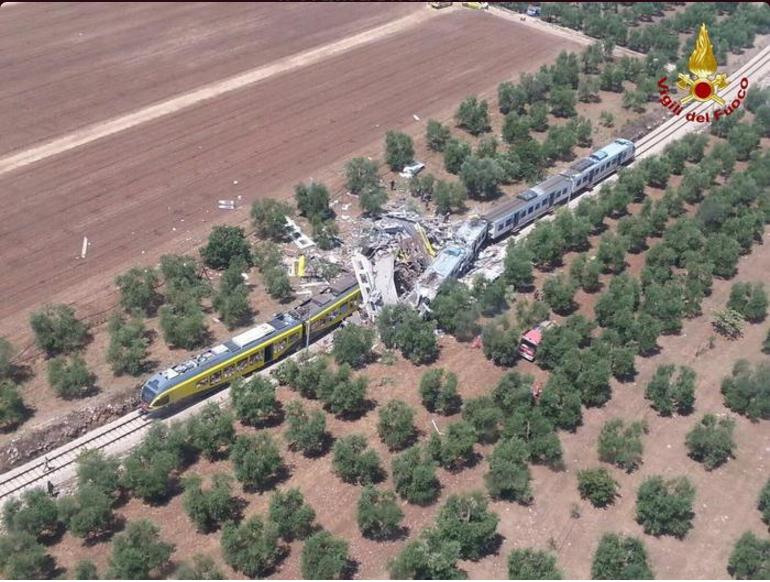 катастрофа влакове италия