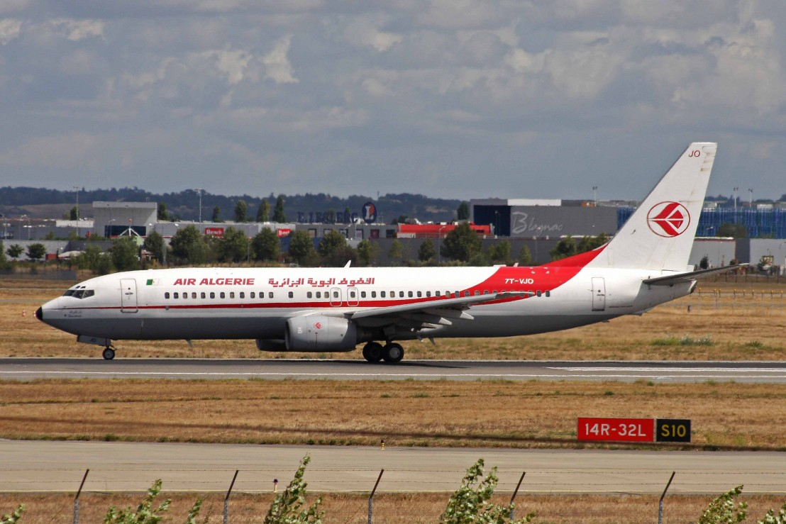 7T-VJO_B737-8D6_Air_Algerie_TLS_08SEP10_(4980094632)