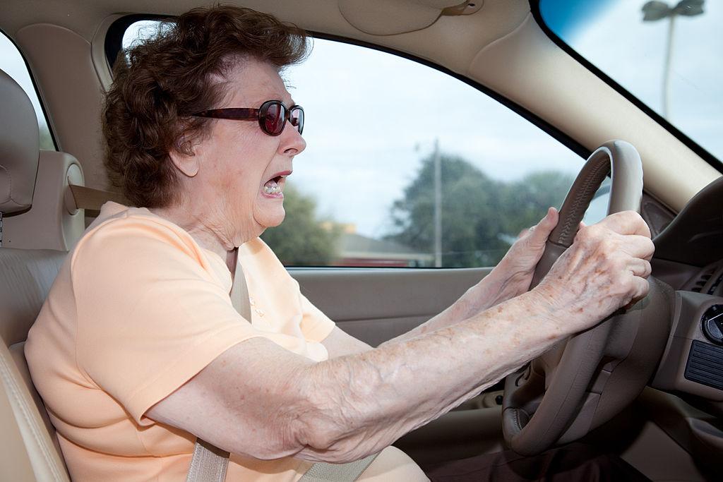 баба, шофьор