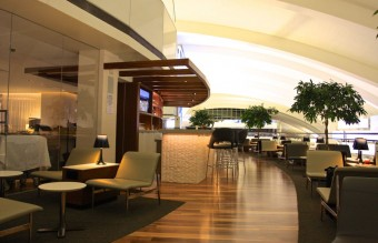 03-airport-lounge-star-alliance-lax