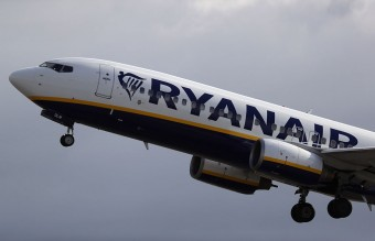 Ryanair Cut Profit Forecast After Post-Brexit Pound Plunge
