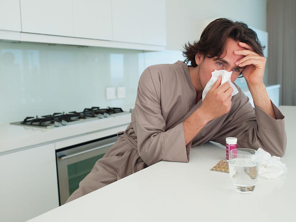 болен мъж, настинка