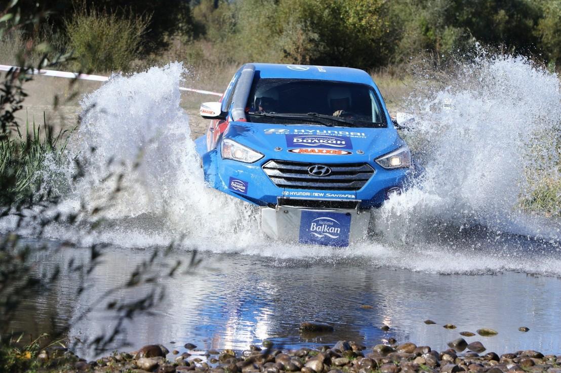Hyundai off-road racing team_Baja Greece 2016 (2)