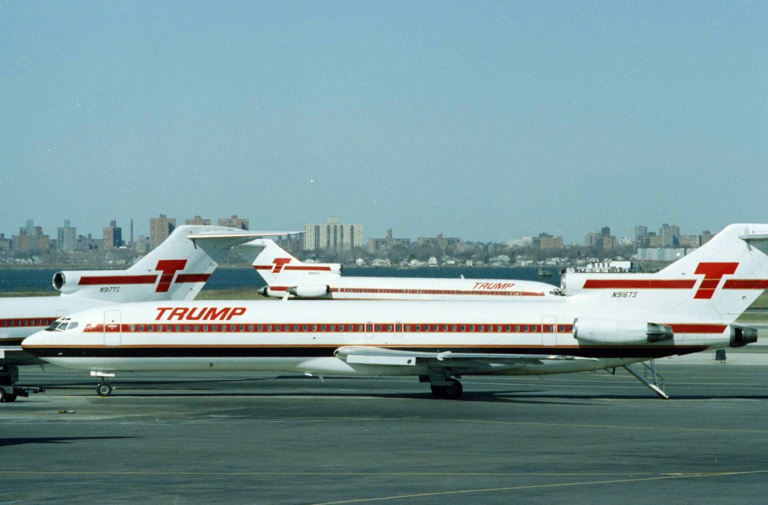 Donald Trump  Plane  Shuttle