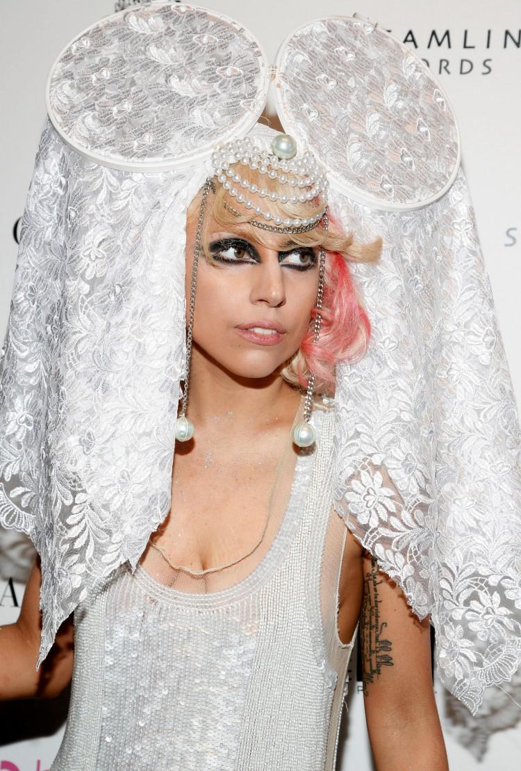 Lady Gaga лейди гага перли