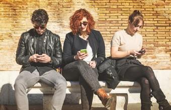 смартфон, смартфони, социални мрежи