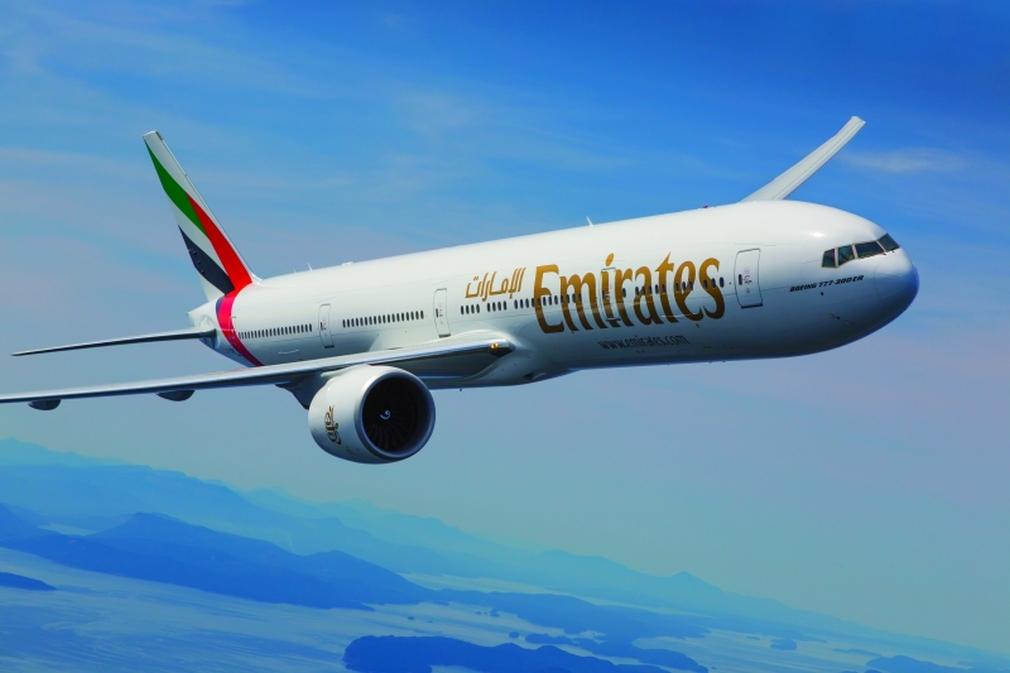 Emirates_airplain
