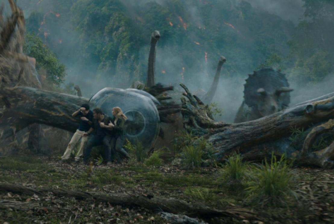 Jurassic-World-Chris-Pratt-1200x806