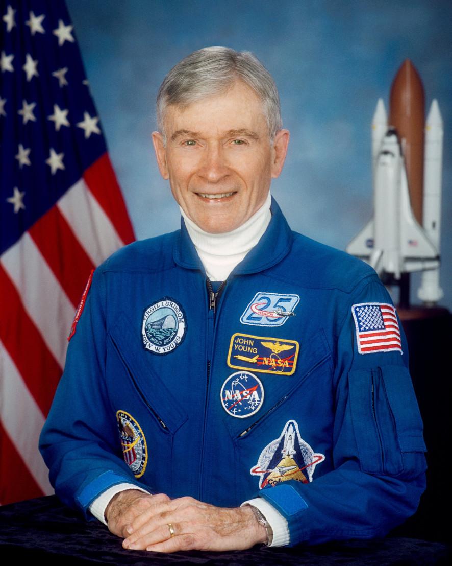 астронавт, Джон Йънг