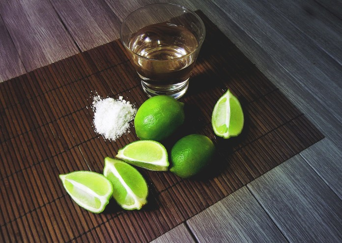 tequila-2593432_1920
