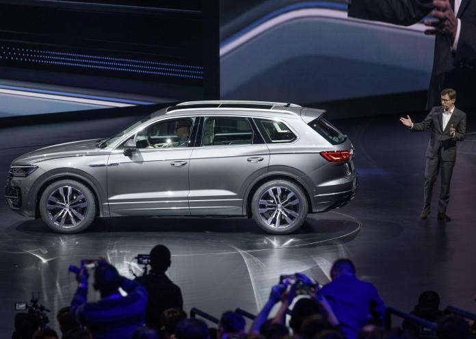 """Leading the way ? Volkswagen präsentiert den neuen Touareg auf dem ?SUV Brand Day"""" in Peking"""
