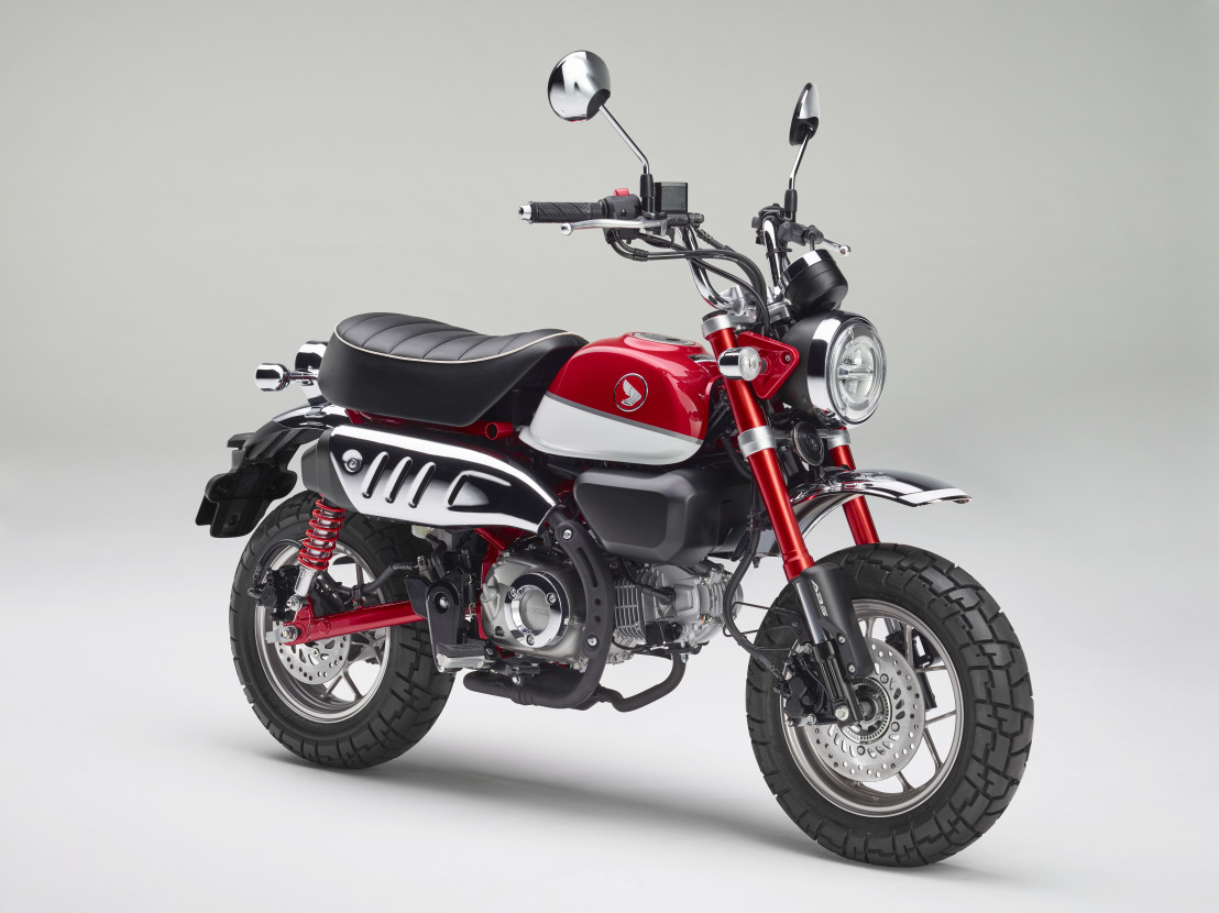 2018 Monkey_ABS_Red Front 3Q