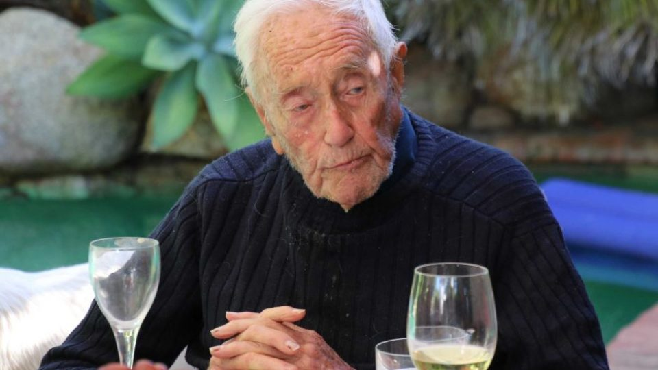 1525159182-104-year-old-academic-David-Goodall-960x540