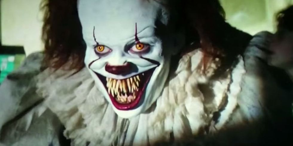 landscape-1505731747-pennywise-teeth-it-movie
