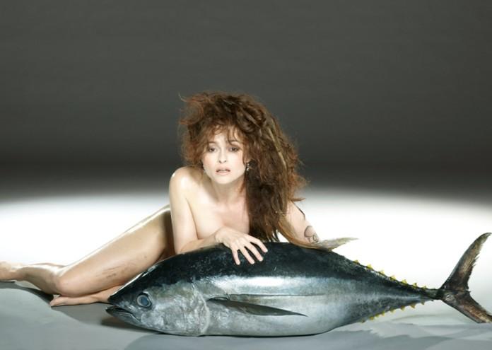 HELENA BONHAM CARTER w Bigeye tuna_photo JOHN SWANNELL