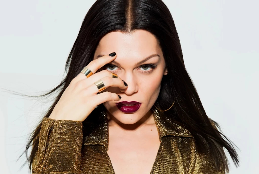 Jessie-J-Perform-MOE-Dubai-Shopping-Festival-2017