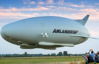 347_airlander_10_first_flight