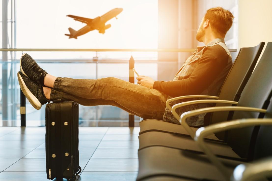 мъж, пътуване, летище, самолет
