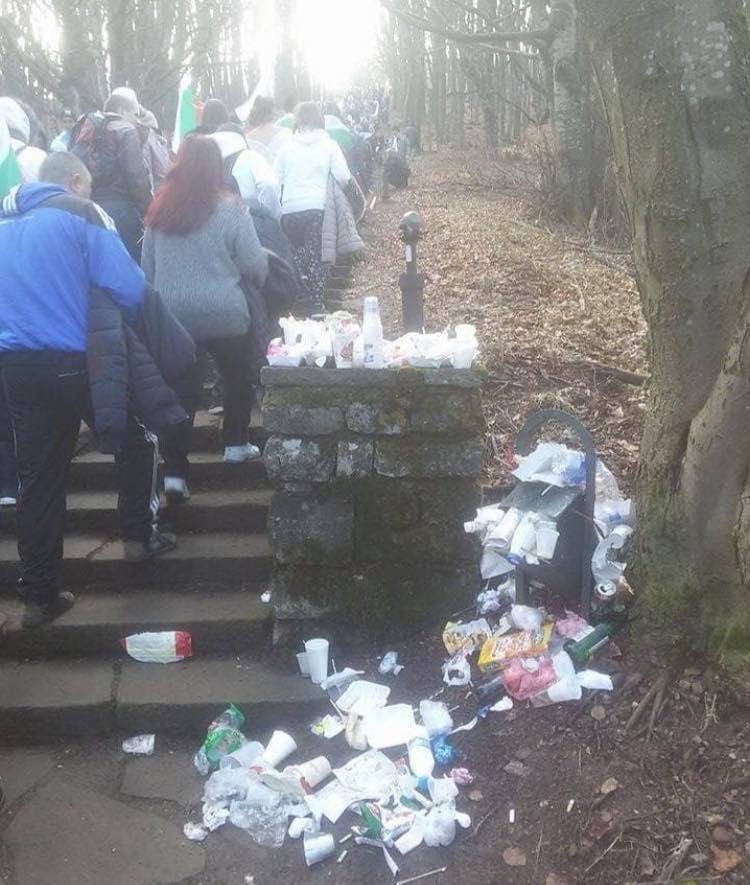 кофа за боклук, шипка, 3 март