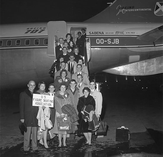 """Резултат с изображение за """"1961 г. - Американският отбор по фигурно пързаляне"""""""