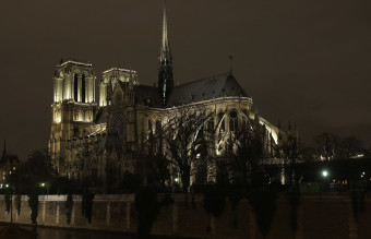 The Cathedral Of Notre Dame - Christmas Lighting