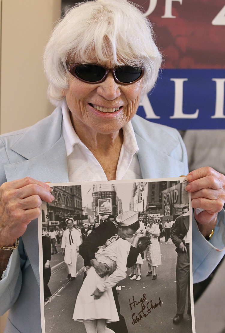 Nurse In Famous WWII Photograph Visits Veterans In San Francisco