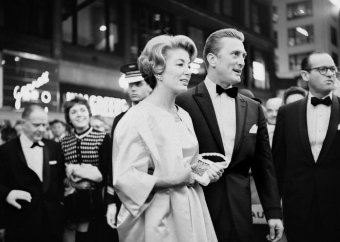 Kirk Douglas at the premiere of the movie Spartacus 1960©Estate of Vivian Maier,