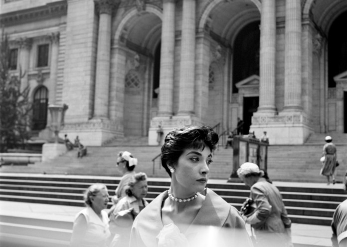 New York Public Library©Estate of Vivian Maier